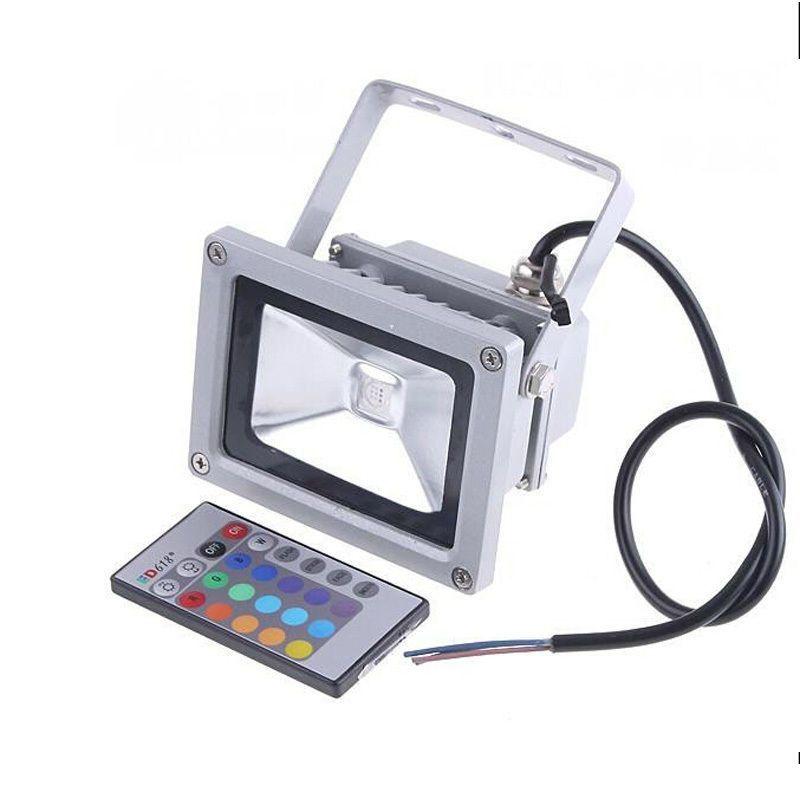 TÁVIRÁNYÍTÓS RGB LED REFLEKTOR 10W-os - Fényereje megfelel egy hagyományos 100W reflektorénak!
