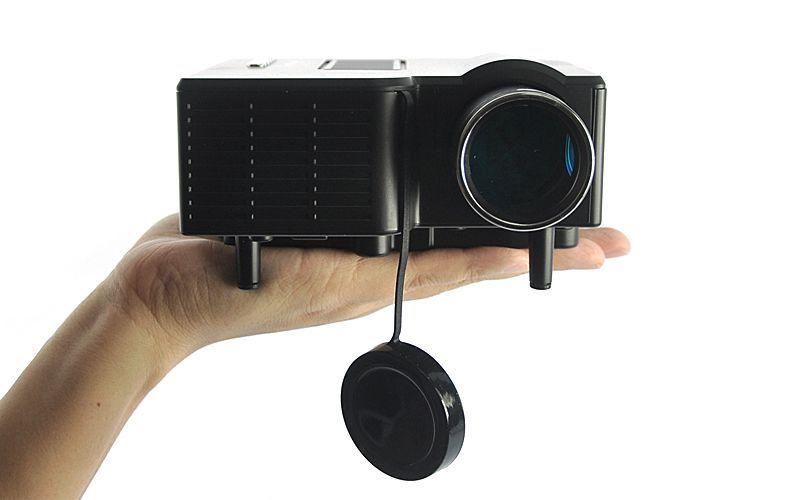 Multimédiás LED projektor sztereó hangszóróval - Zene, TV, DVD nézésre!