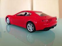 Maserati GranTurismo 2012 Távirányítós autó - 1:18 méretarány
