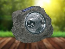 Napelemes szikla lámpa - Kiváló világítás és dekoráció kerted számára!