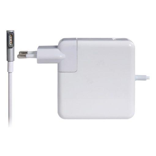MAC töltő