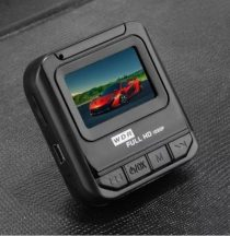 FULL HD Eseményrögzítő Autókamera mikrofonnal, éjszakai üzemmóddal - Kiváló 5 MP FULL HD Képminőség!